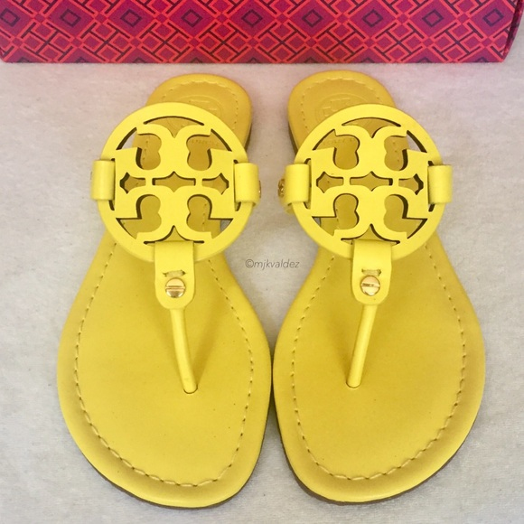 a4b0aeb20722 NIB✨Tory Burch Miller Sandals